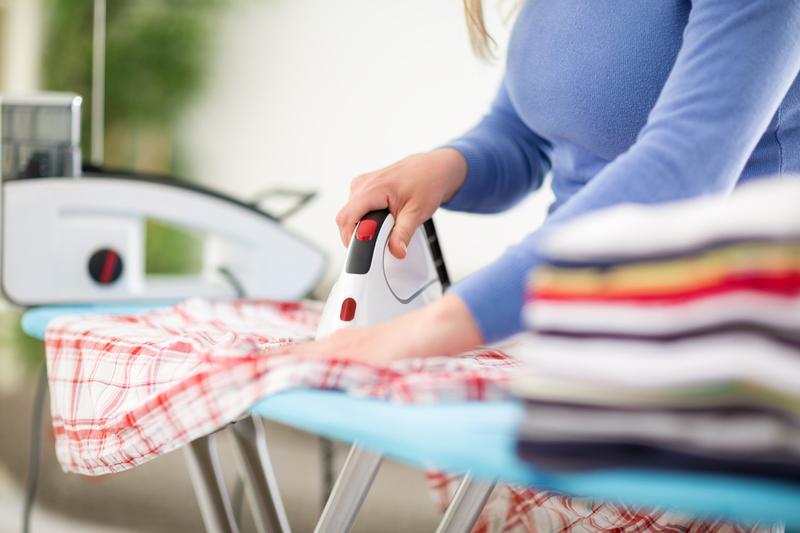 Ménage et repassage à domicile, Aide à domicile, Nos tarifs de ménage à domicile, jardinage à domicile, bricolage à domicile, ménage à domicile, repassage à domicile, service à domicile, service d'aide à la personne,